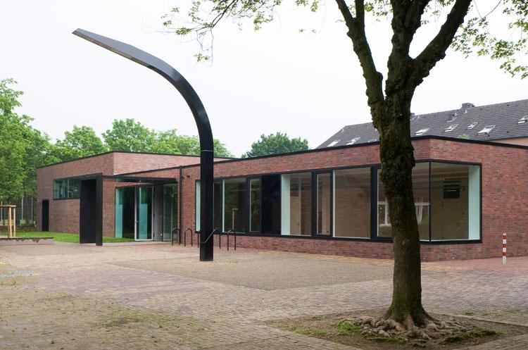 p7_Gymnastikhalle&OGATA_Düsseldorf_01